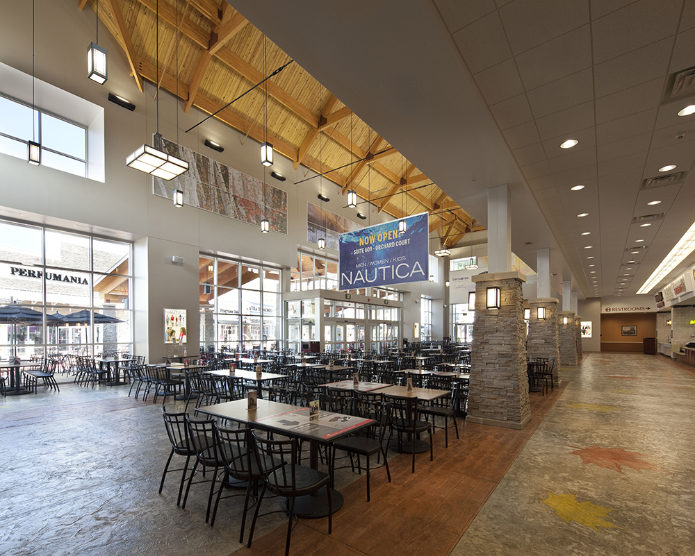Merrimack Premium Outlets Food Court Seating