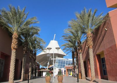 Las Vegas Premium Outlets Entry Plaza