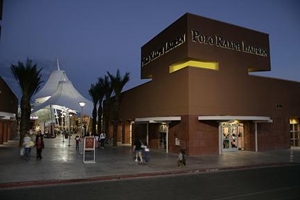 Las Vegas Premium Outlets PHI Corner Retail