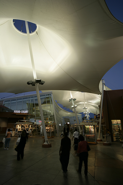 Las Vegas Premium Outlets Tensile Structure Lighting Night