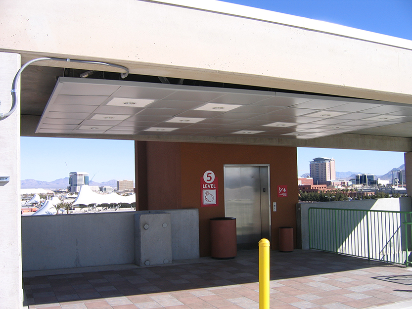 LVPO - Parking Deck B Elevator and View