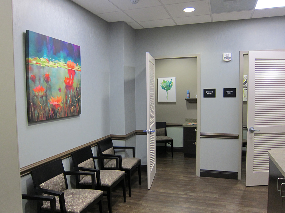 Patient Lounge - Dressing Rooms