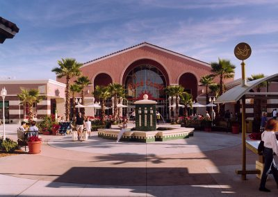 Orlando Premium Outlets Vineland Courtyard Design Food Court
