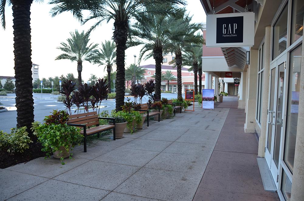 Orlando Premium Outlets Vineland Hardscape Landscape Design Seating